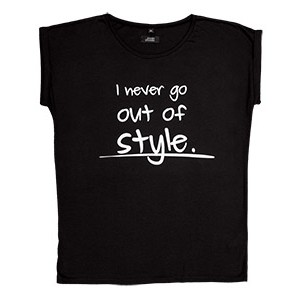 I NEVER GO OUT OF STYLE, crna
